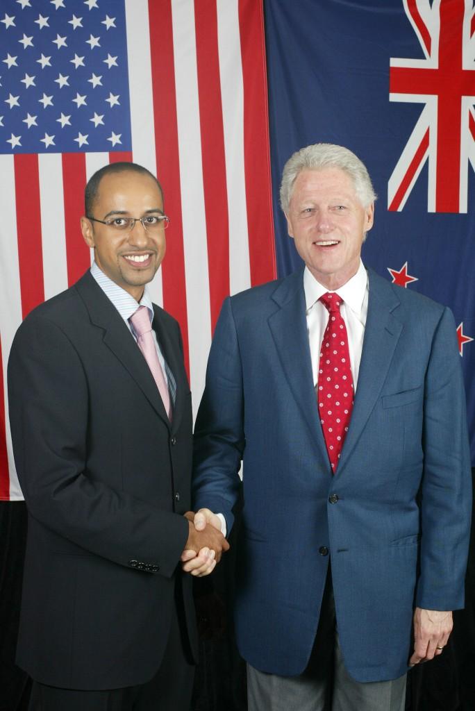 Dr Hisham w President Clinton 2006